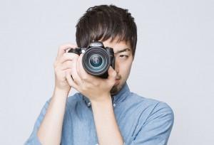 LIG93_camerawomukeruhiroyuki1194500-thumb-734x500-4024