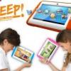 普及するタブレット型端末。子供のおもちゃもタブレットへ。